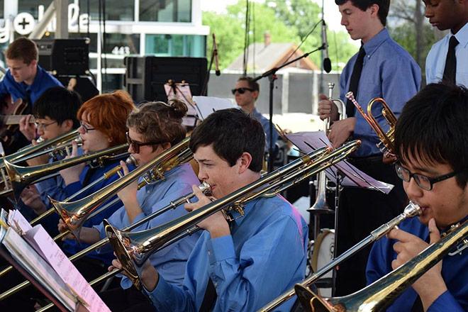 Enloe Jazz performing